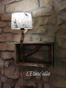Lampe étagère à suspendre